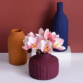 Ceramic Ridges Vases
