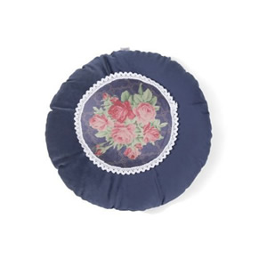 French Lace Cushion